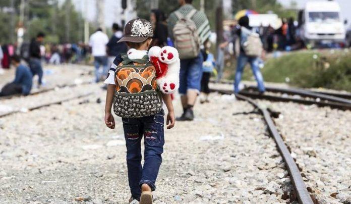 Biden reduce trabas para asilo de niños inmigrantes