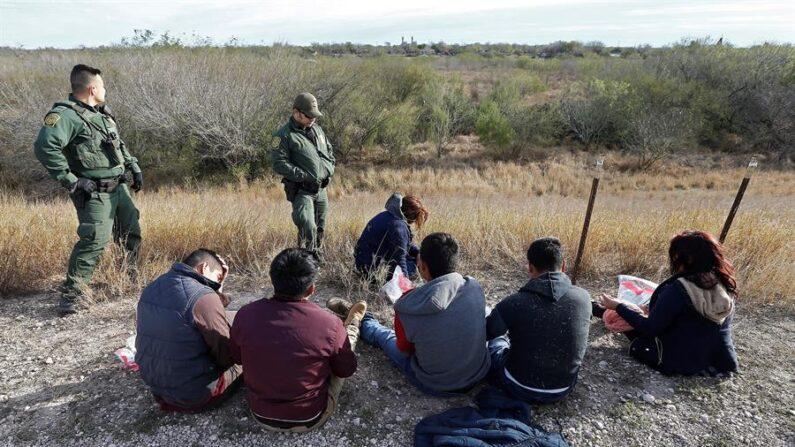 Estados Unidos podría enjuiciar a deportados que reingresen ilegalmente