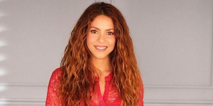 Shakira estalla contra violencia en Colombia