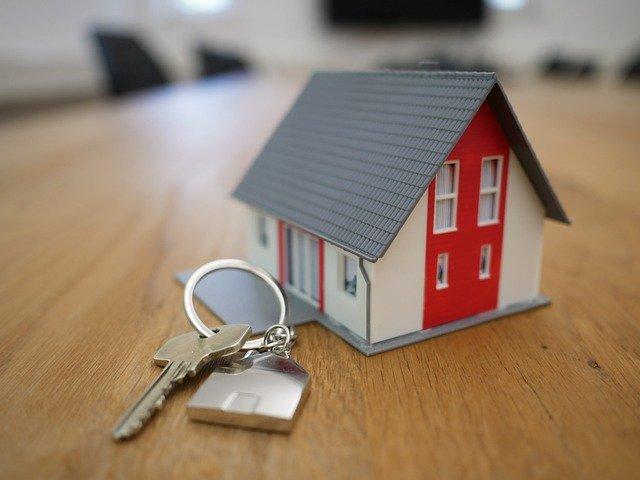 Aumentan tope de ingresos para acceder a ayudas para pago de alquiler