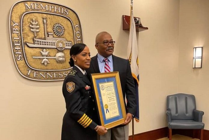 Exjefa de policía de Durham emprende desafío en Memphis