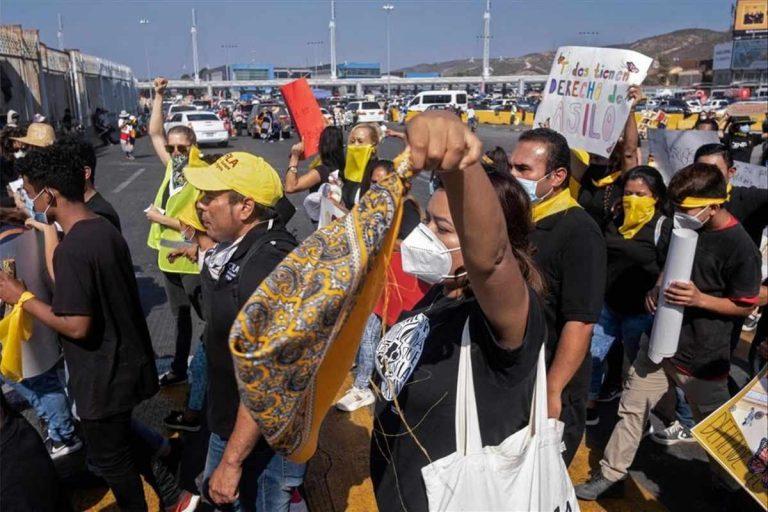 Grupos Humanitarios se encargarían de solicitantes de asilo en EE.UU