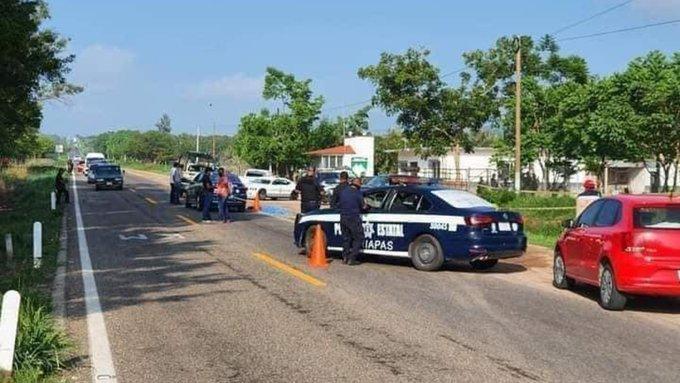 Muere policía enfrentando a traficantes de personas en México