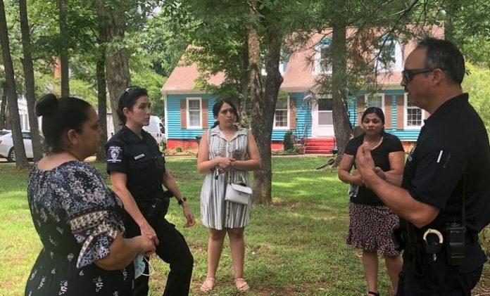 Policía pide a apoyo a la comunidad para resolver crimen de dos adolescentes latinas