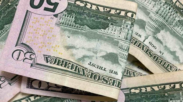 Reserva Federal pondera fin a bajas tasas de interés en EE.UU