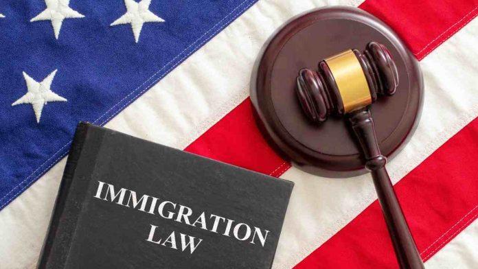 Senado está por aprobar ciudadanía de 4,5 millones de indocumentados