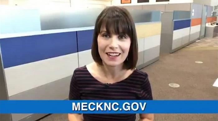 Condado de Mecklenburg reabrió mayoría de servicios en persona
