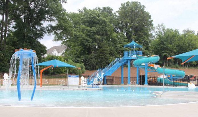 Opción fin de semana: Double Oaks Family Aquatic Center