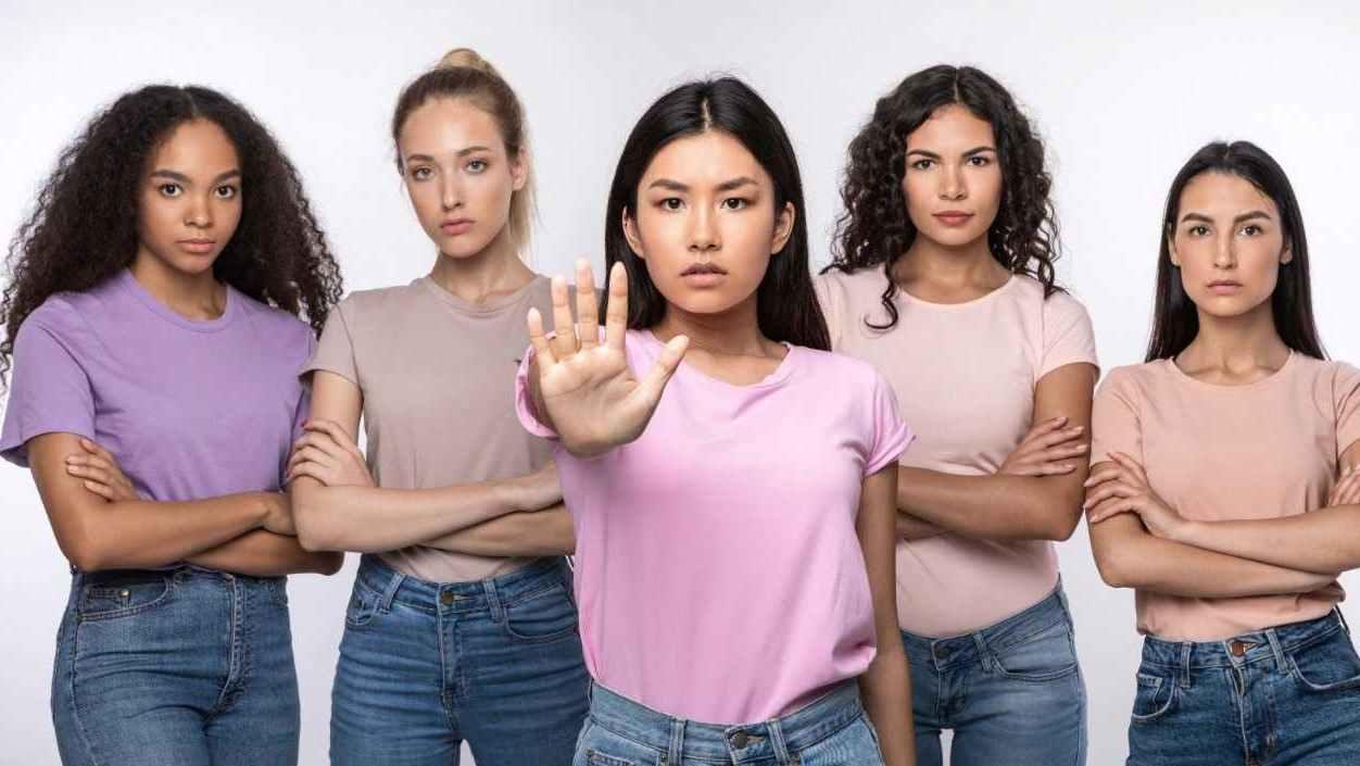 Estudiantes indocumentados latinos abusados en Denver