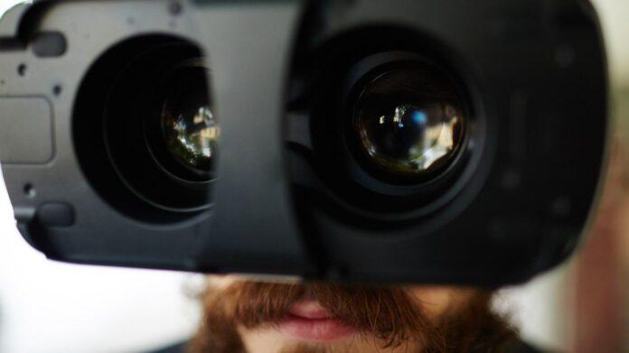 Facebook y Ray-Ban confirman lanzamiento de lentes inteligentes
