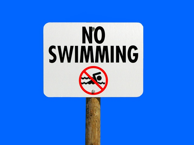Prohíben nadar en Paw Creek Cove