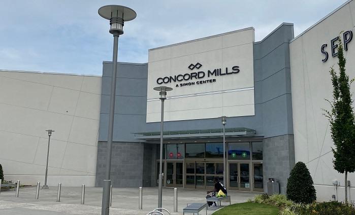 Regulan ingreso de menores en centro comercial Concord Mills