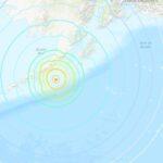 Fuerte terremoto de 8.2 sacude costa de Alaska