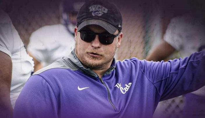 COVID-19 Murió entrenador de football de Western Carolina University
