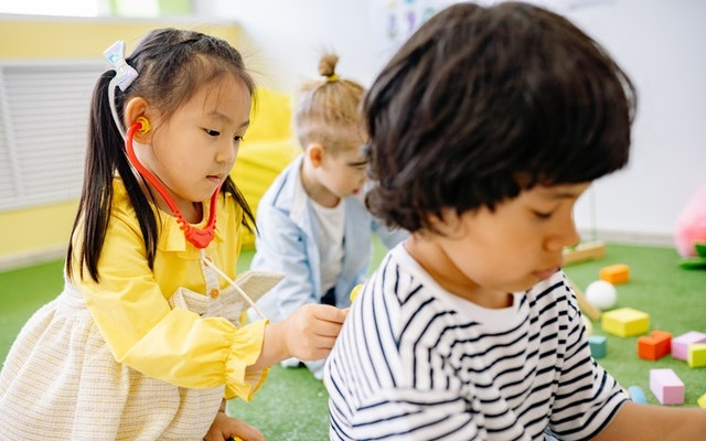 Clínica de vacunación para el regreso a la escuela seguro