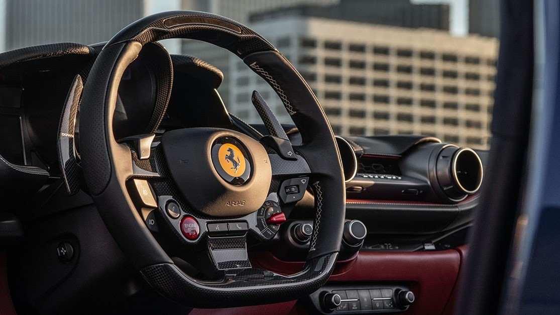 Ferrari se sube a la ola eléctrica