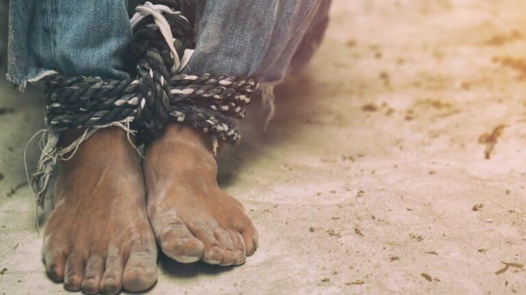 Inmigrantes denuncian abusos sexuales en un centro de detención de Florida
