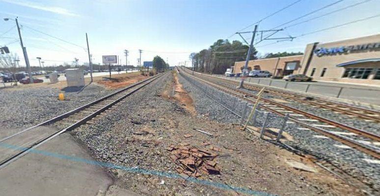 Un hecho inaudito rodea arrollamiento de dos hombres por un tren
