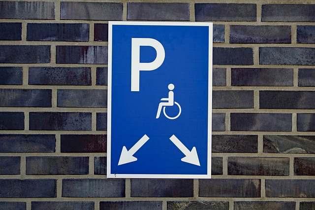 Ya puedes revisar y comentar plan de transición a la Ley de Estadounidenses con Discapacidades
