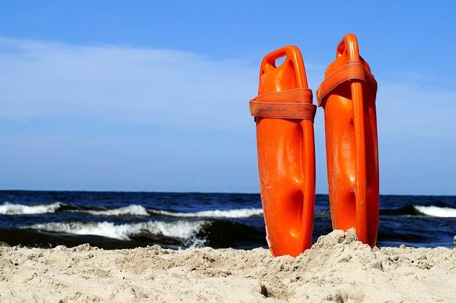 30 rescates en playas de NC en fin de semana largo
