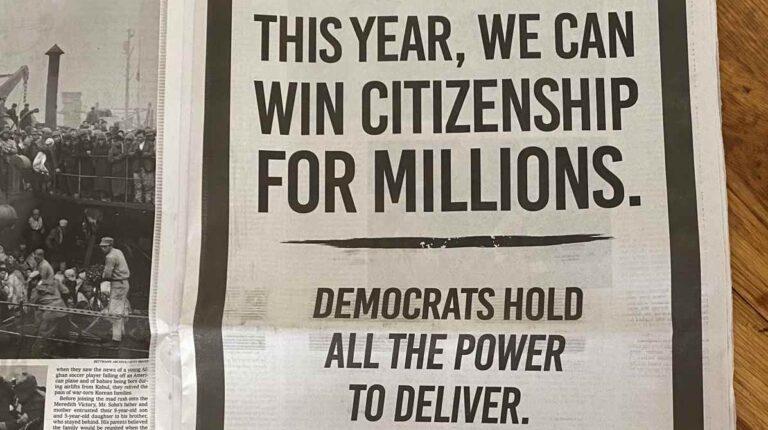 """Anuncio en """"The New York Times"""" para que aprueben ciudadanía de indocumentados"""