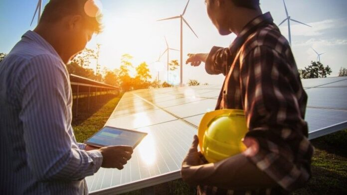 Biden propone plan para que el 45% de la electricidad de EE. UU. sea solar