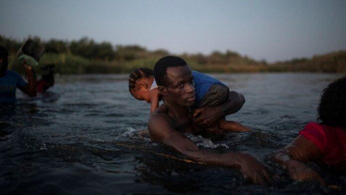 Crisis migratoria en Del Rio, Texas con ola de haitianos
