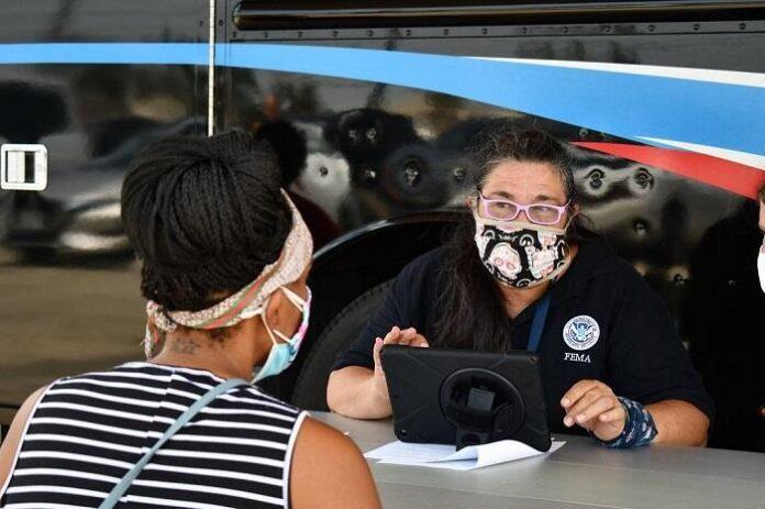 FEMA abre dos centros de inscripción en Haywood para solicitar ayuda