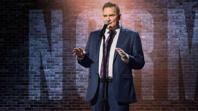 Falleció, comediante Norm Macdonald de 'Saturday Night Live'