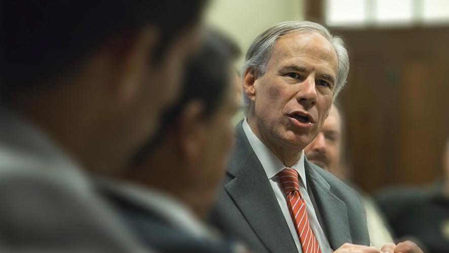 Greg Abbott restringe derecho al voto a minorías en Texas