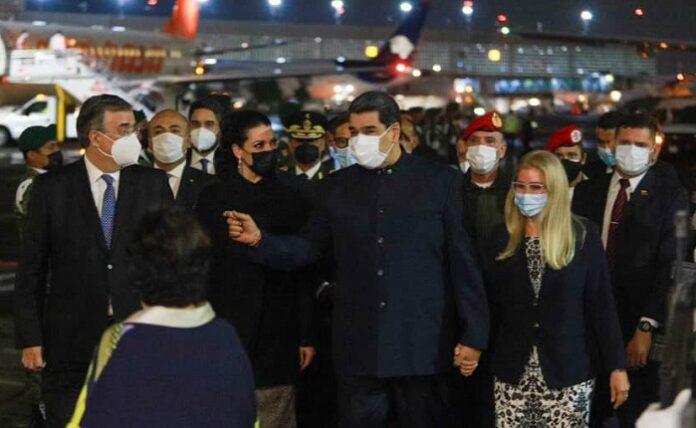 """Maduro viaja por primera vez desde que EEUU le puso el cartel de """"Se Busca"""""""