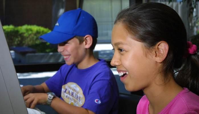 Más de 180 mil familias reciben ayuda para pagar servicio de Internet