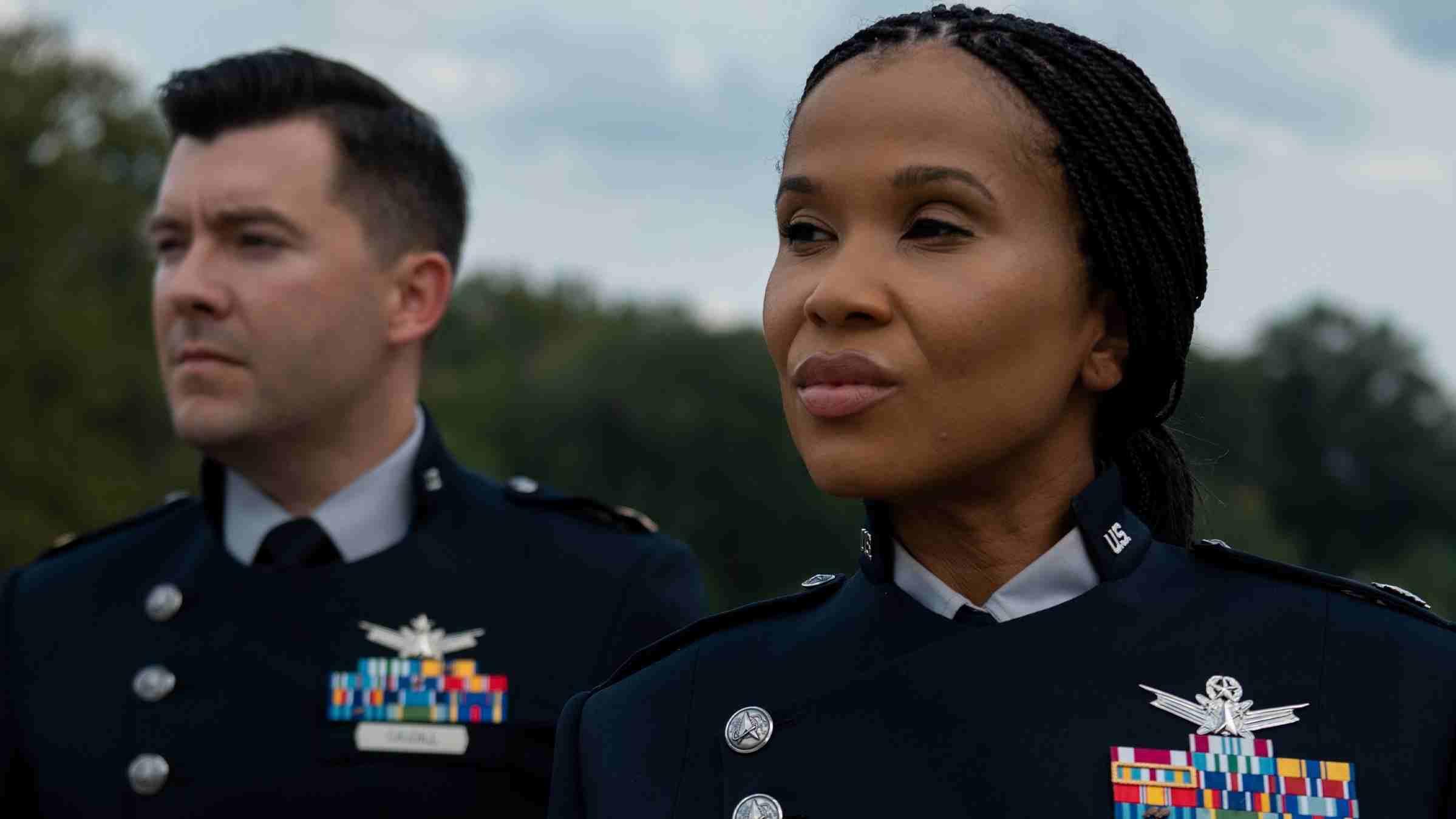 Nuevo uniforme de la Fuerza Espacial de EE. UU. evoca a Star Trek