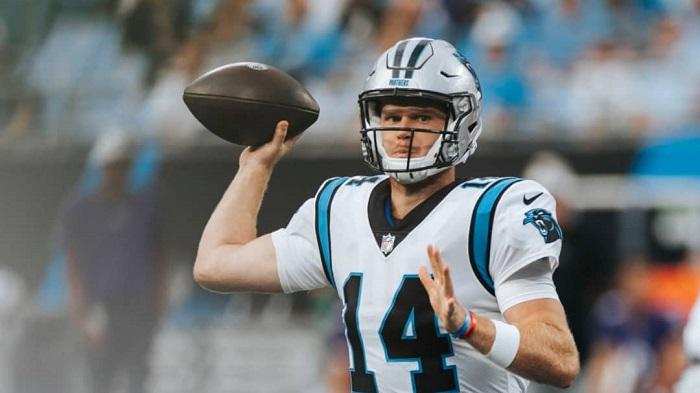 Panthers depositan su confianza en Sam Darnold