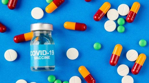 Píldora para tratar covid-19 estaría disponible en meses