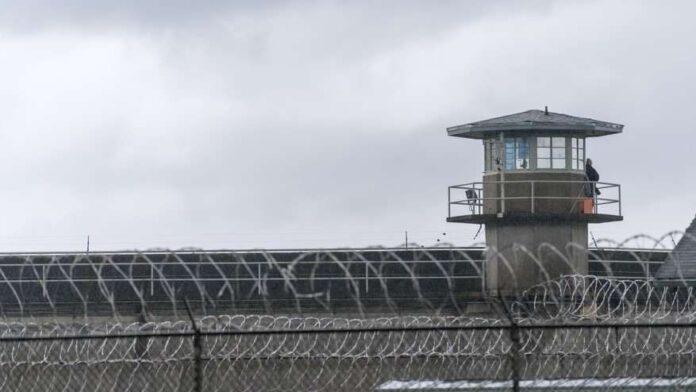 California no podrá prohibir cárceles de ICE