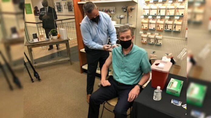 Cooper recibió vacuna contra la gripe