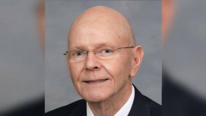 Falleció el representante de NC Dana Bumgardner