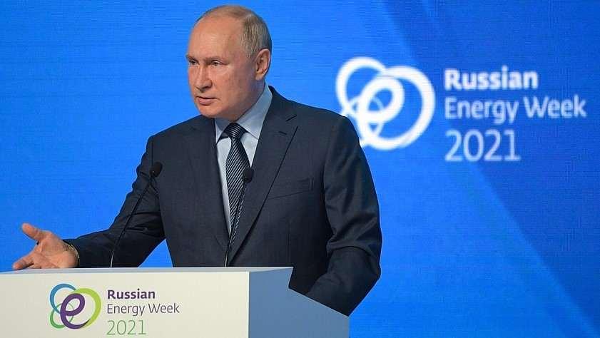 Putin prevé que precio del barril de petróleo alcance los $100