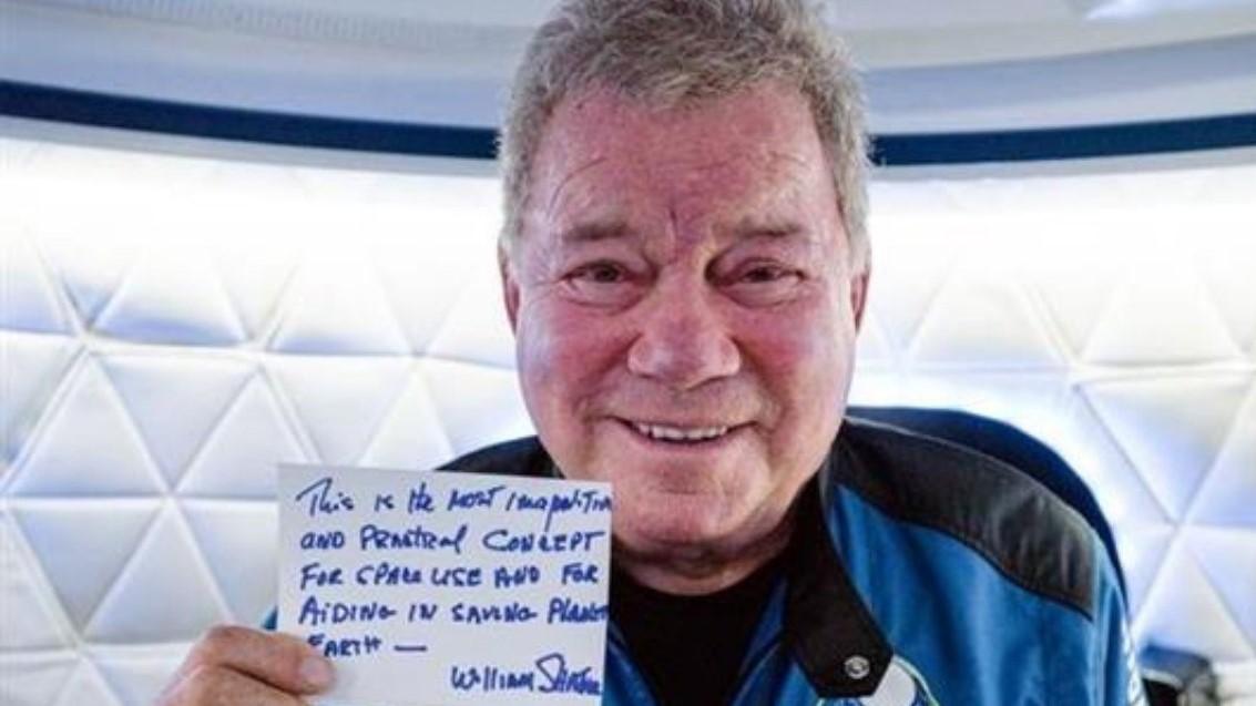 William Shatner estuvo al borde del espacio con Blue Origin